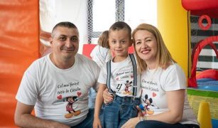 poveste de adopție
