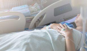 naștere cu anestezie totală
