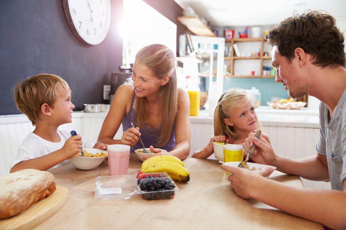 micul dejun al copiilor