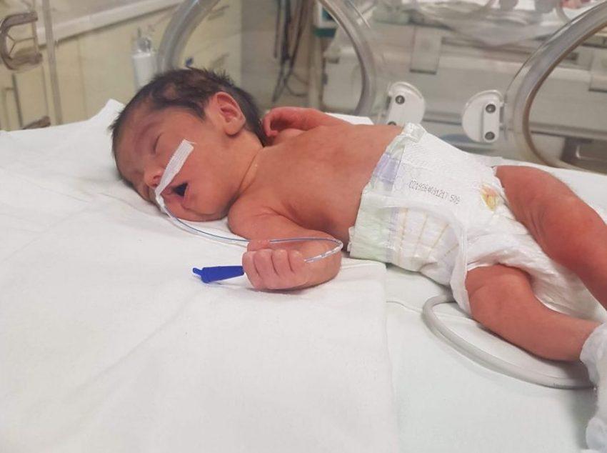 naștere prematura la Suceava