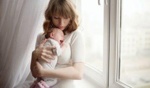 semnele colicilor la bebeluși