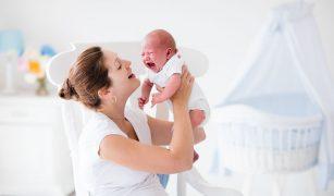 Durerile de burtică ale bebelușilor