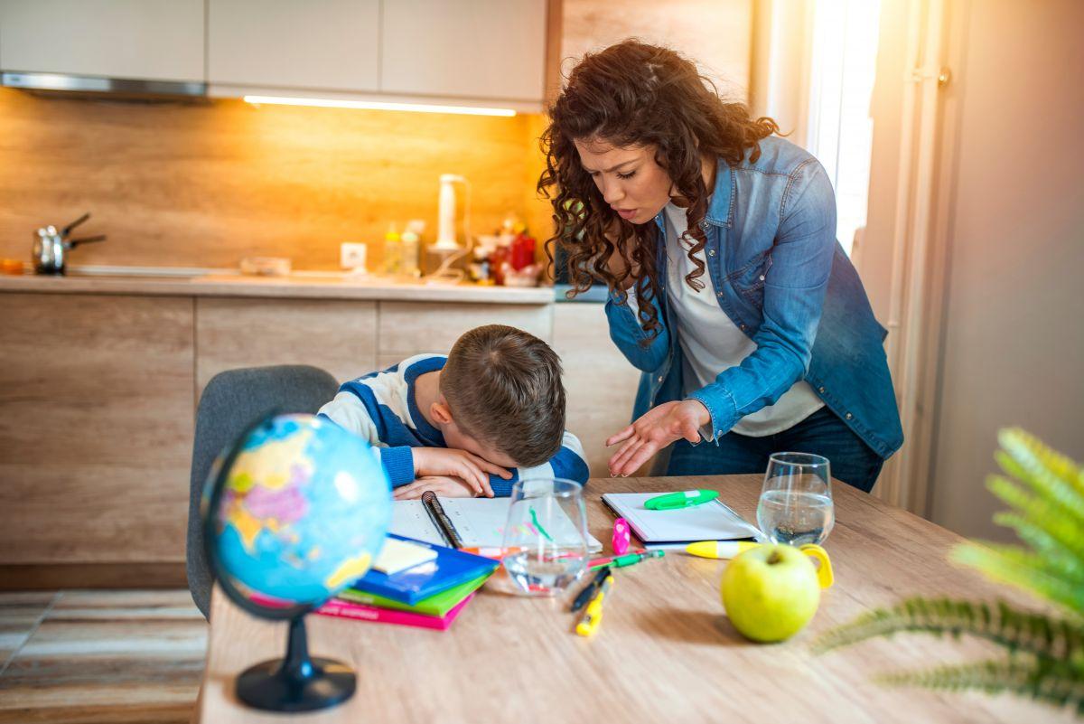 de ce trebuie să tragi de copil să învețe