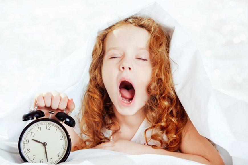 de ce nu e bine să-ți lași copilul să se culce târziu