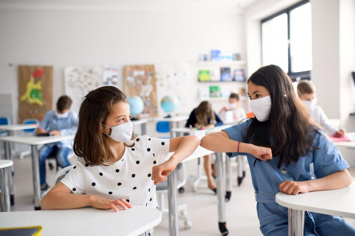 elevii testați gratuit