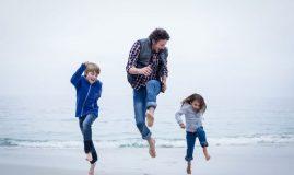 Copiii mei își iubesc mai mult tatăl decât mama. Iar supărările lor se varsă tot asupra lui.