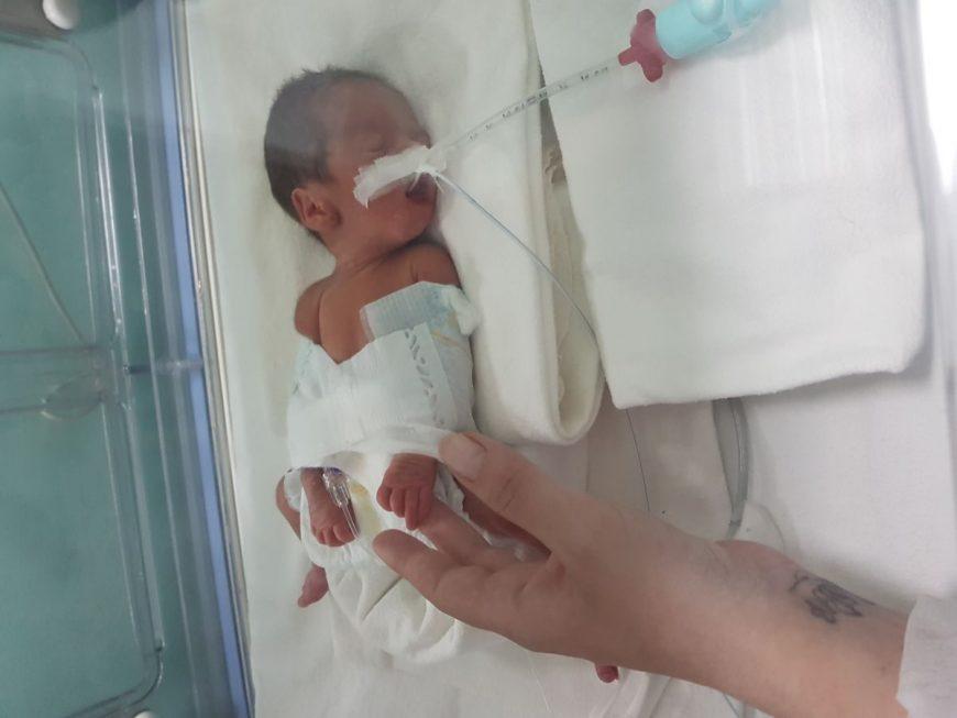 naștere la 27 de săptămâni