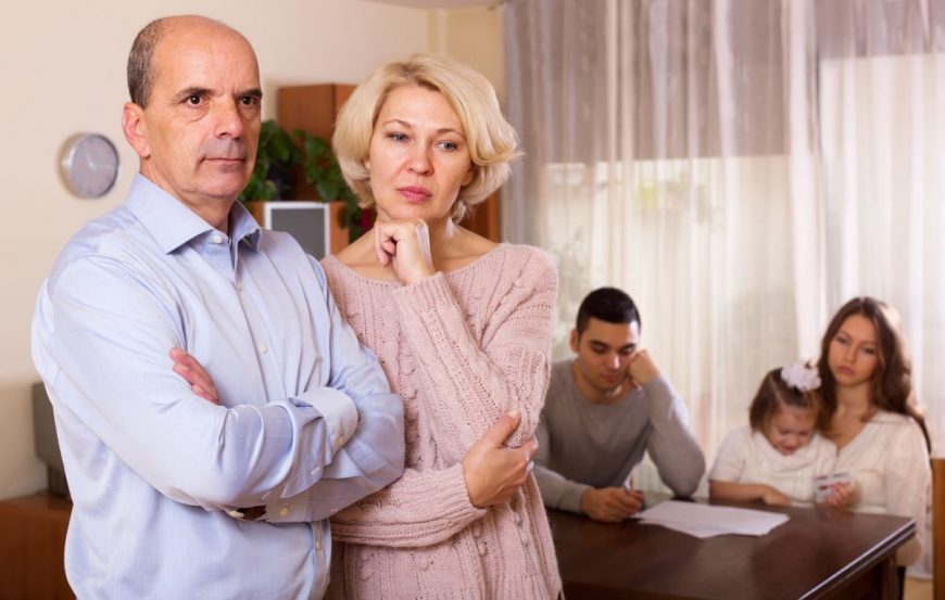 conflictele adulților cu părinții