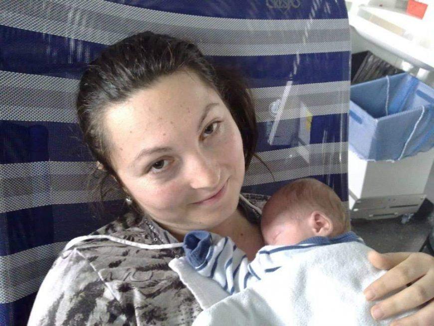 naștere după 3 luni de spitalizare