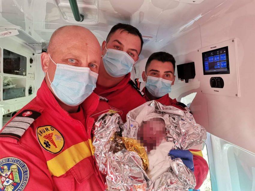 naștere în amulanță