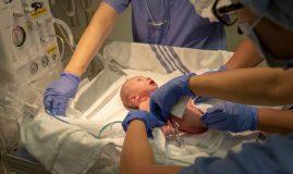 gravidă cu covid-19
