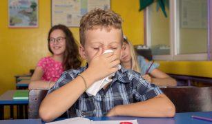 copiii bolnavi la școală
