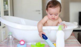 Pe piață sunt foarte multe șampoane pentru bebeluși și alegerea unuia eficient poate fi o adevărată provocare!